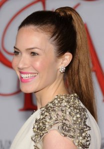 High-Ponytail-Hairstyles-For-Girls