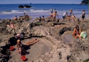 hot-water-beach-2