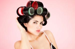 woman-wearing-rollers